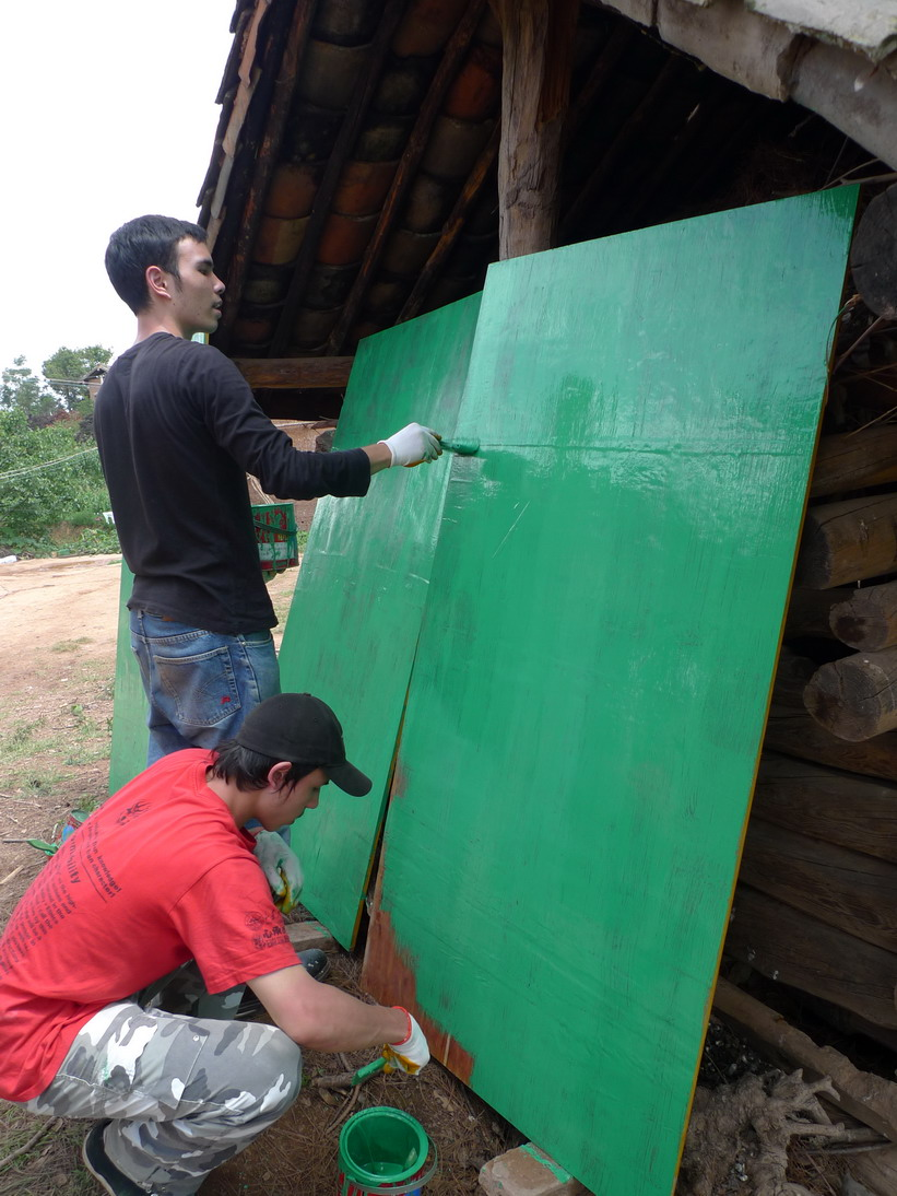 Preparing boards for formwork